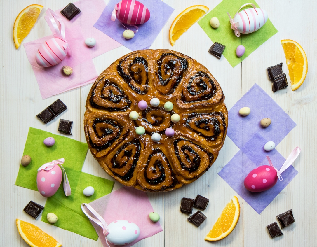 Easter Bread. Chocolate and Orange.